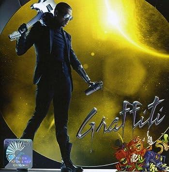 Chris Brown - Graffiti: Int'l Deluxe Edition - Amazon com Music