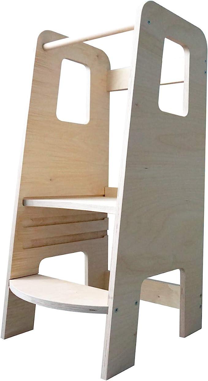 ully by moblì®  la première tour d'apprentissage en bois naturel   Fabriquée en Italie selon les principes Montessori   Conçue par des éducateurs experts   Tour d'apprentissage avec étagères réglables