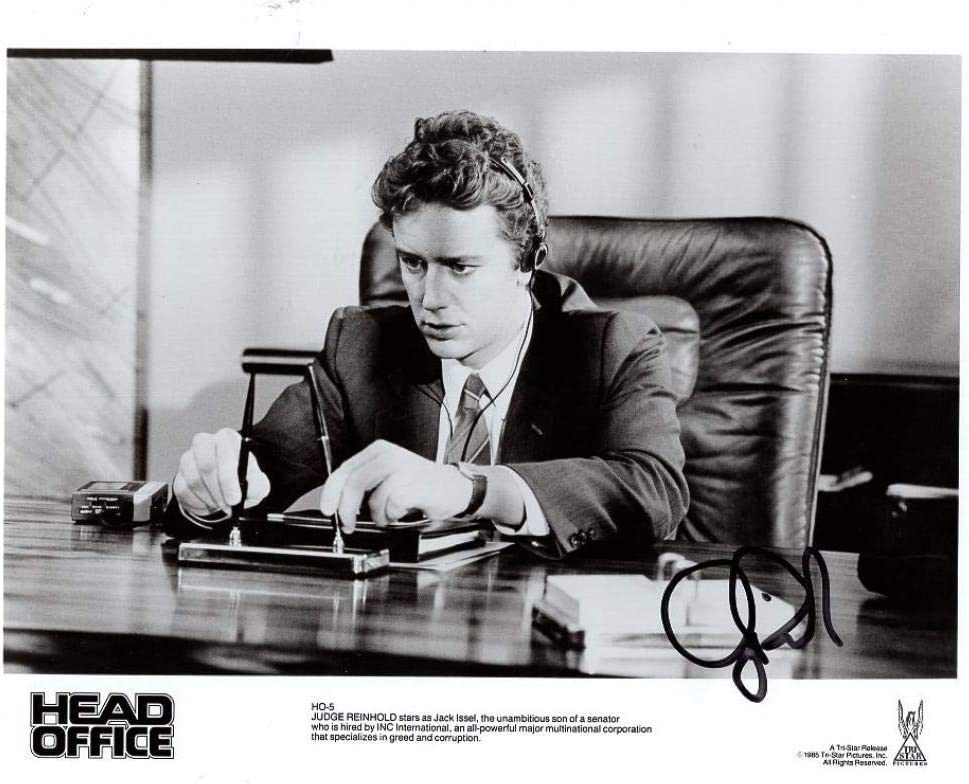 JUDGE REINHOLD HEAD OFFICE SIGNED AUTOGRAPHED 8X10 PHOTO W/COA