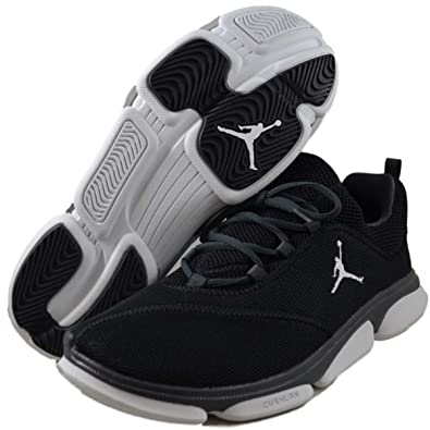 best sneakers 142f1 b7435 Amazon.com | Jordan 487117-003 RCVR Size 7 | Basketball