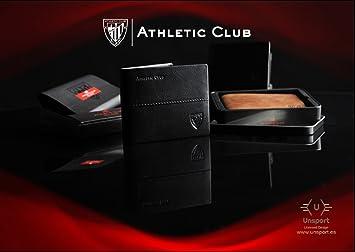 Monedero Tarjetero Oficial Athletic Club Bilbao de piel en color marrón grabado con escudo.