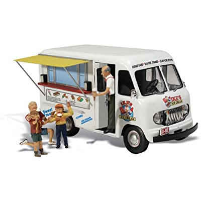 Woodland Scenics Ike's Ice Cream Truck HO Scale: Toys & Games