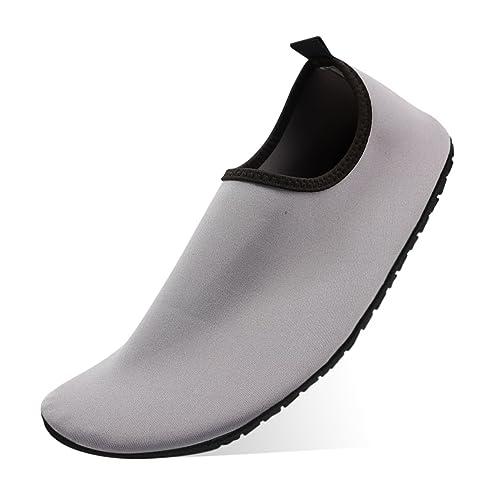 Zapatos de Agua QIMAOO Zapatos de Playa Escarpines Piscina Calzado de Playa  Surf Yoga Deportes AcuáTico para Hombre Mujer  Amazon.es  Zapatos y  complementos 56bee032e09