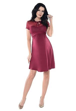 Kleid mit spitze im dekoltee