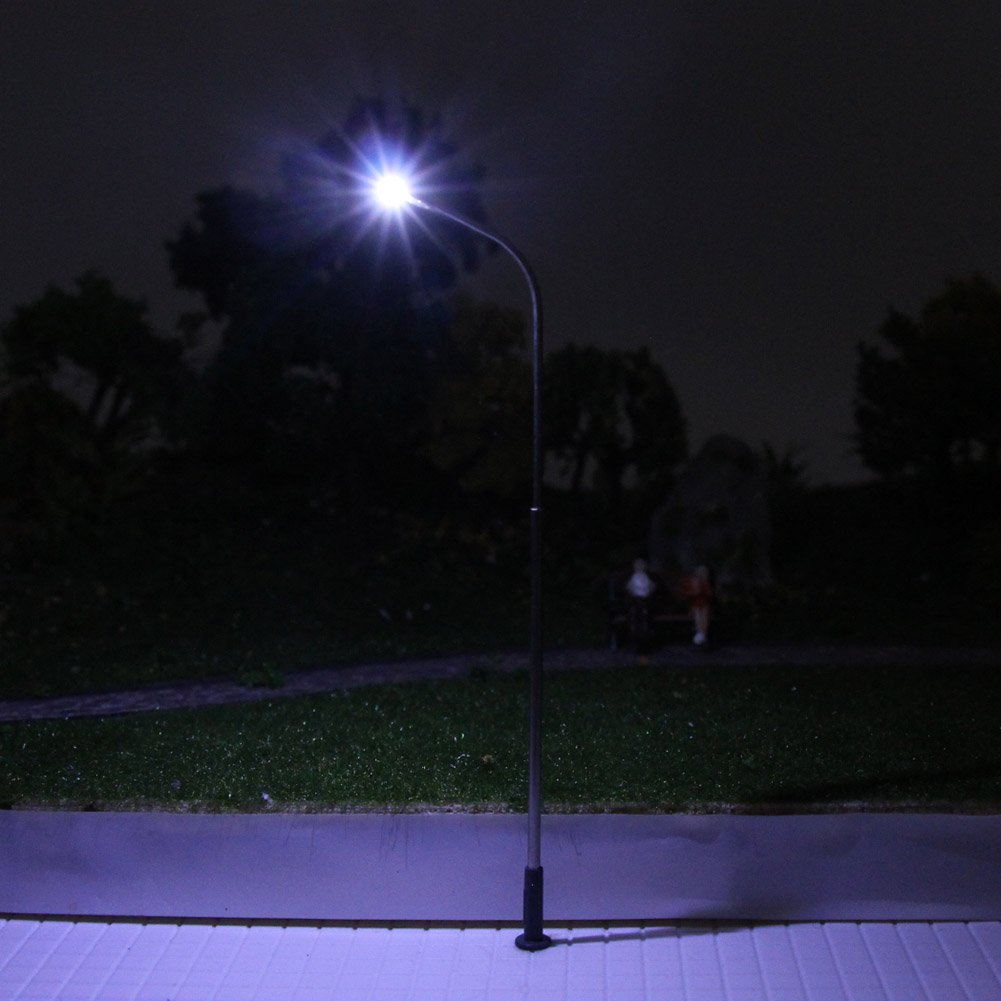 LQS08 10pcs Model Railway Train Lamp Post Street Lights HO OO Scale LEDs NEW