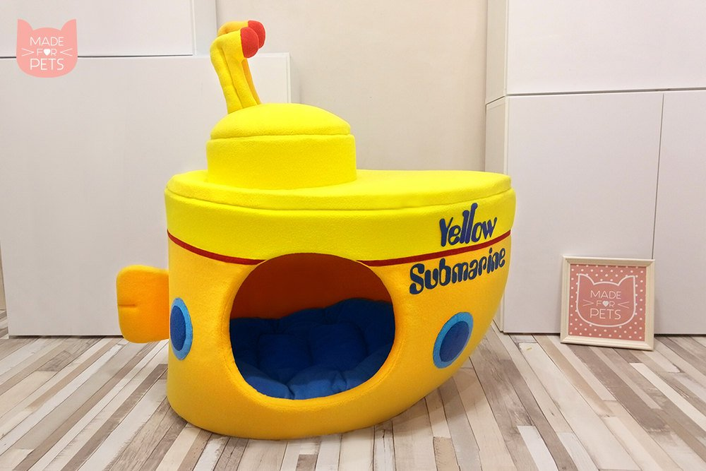 Yellow Submarine cat house, XL cat bed