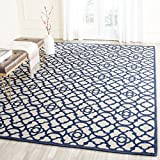 Safavieh Cedar Brook Collection CDR221F Handmade Ivory and Navy Jute Area Rug (4′ x 6′) For Sale