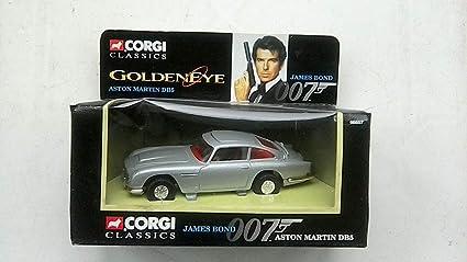 Corgi James Bond 96657 Aston Martin Db5 Golden Eye Amazon De Spielzeug