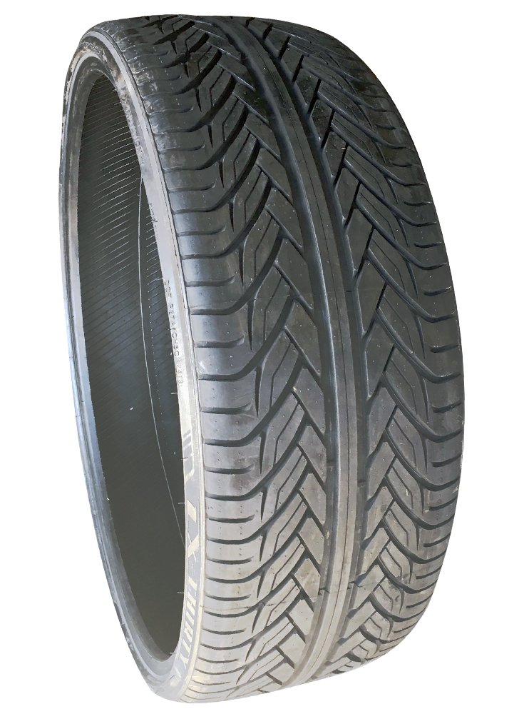 Lexani LX-Thirty Traction Radial Tire - 265/35ZR22