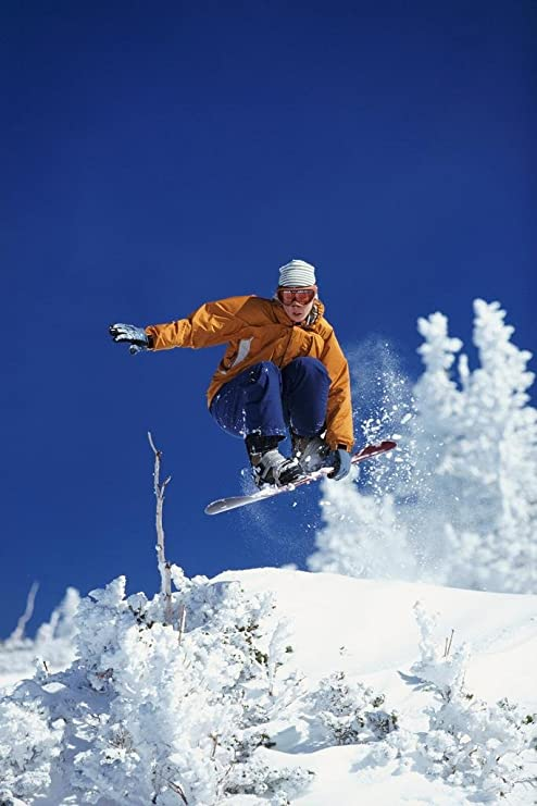 Amazon Com Young Woman Freestyle Snowboarding Mid Air Shot Photo Photograph Cool Wall Decor Art Print Poster 24x36 Posters Prints