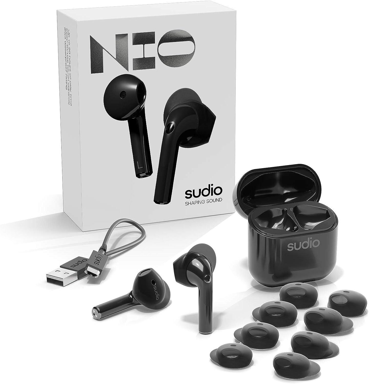 【Bluetooth 5.0】[国内正規代理店販売品 安心の1年保証]Sudio/NIO 《ニオ》ブラック デュアルマイク内蔵 ⾼⾳質完全ワイヤレスイヤホン 着脱可能なウィングチップによる装着の安定性、防⽔性能IPX4、5.5時間合計20時間連続再生