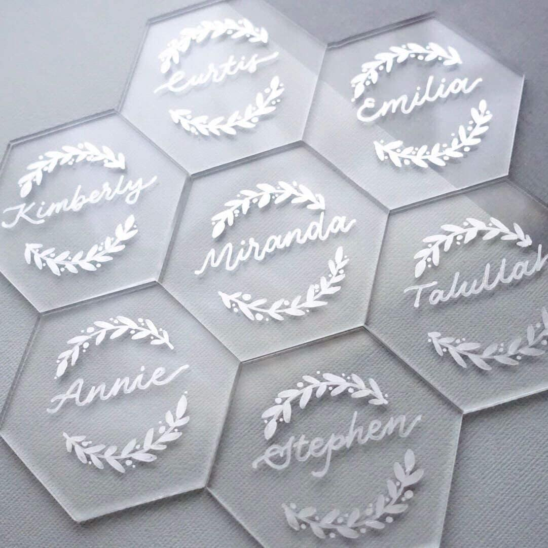 Amazon.com: UNIQOOO 20Pcs Clear Acrylic Place Cards for Wedding | Blank  Hexagon Table Seating Cards |4mm Acrylic Escort Plates, Name Cards -  Perfect for Dinner Parties, Guest Name, Food Signs, Banquet Events: