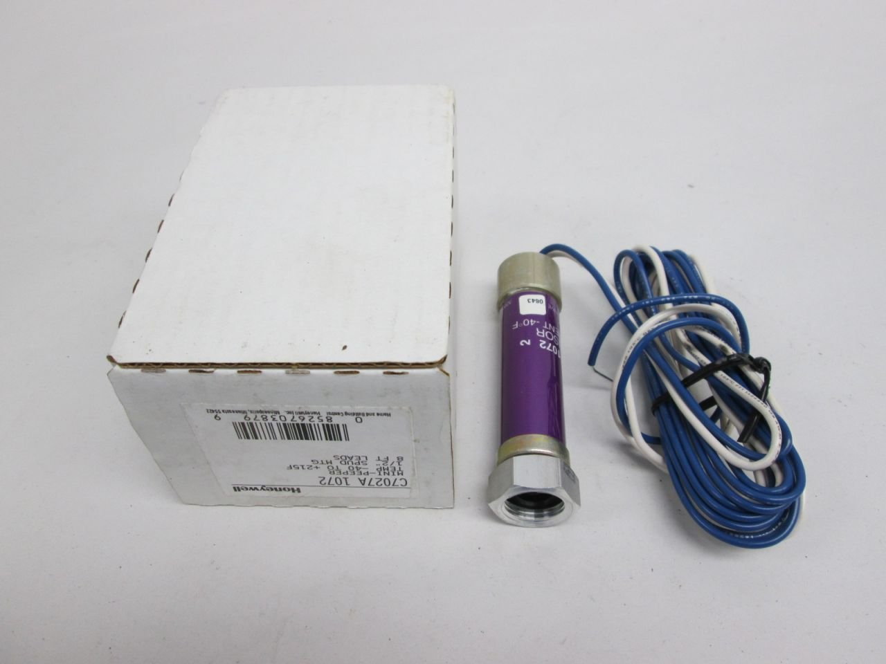C7027A1072 Minipeeper Ultraviolet Flame Detector, 8 feet leads