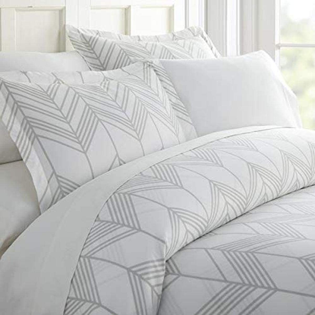 Home Collection iEnjoy Home Hotel Collection Premium Ultra Soft Alps Chevron Pattern 3 Piece Duvet Cover Bed Sheet Set, Twin/Twin Extra Long, Light Gray