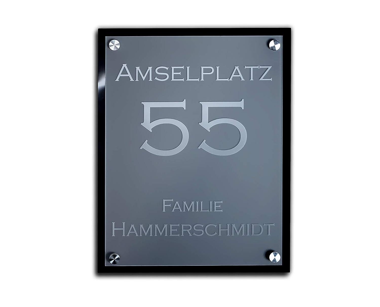 Designer Hausnummer mit Gravur Straß en Wunschgravur 23x30 cm Tü rschild/Schild CHRISCK design