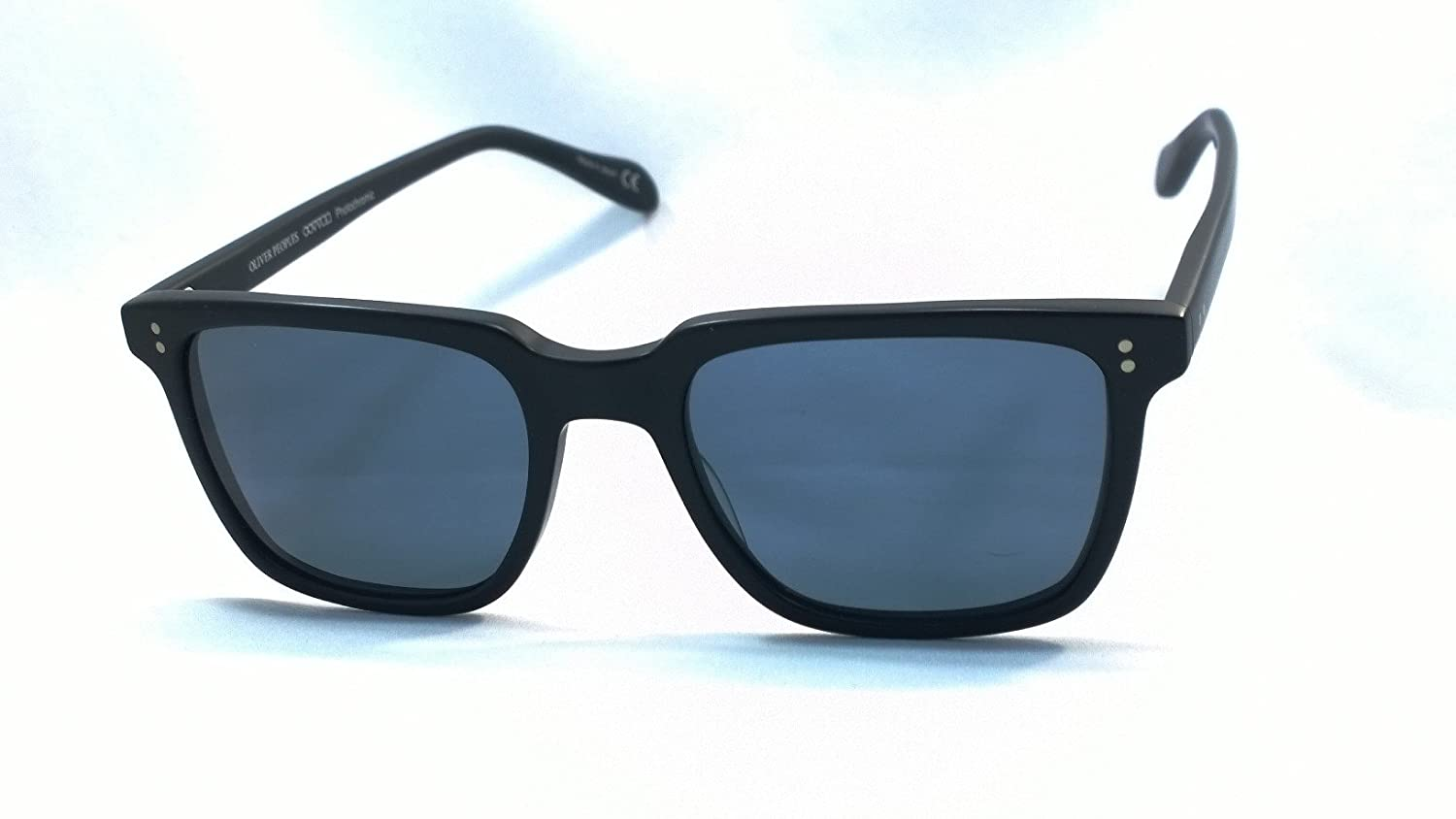 8bffe8970d2 Oliver Peoples Ov5031s Ndg-1 100% Authentic Men s Photocromic Sunglasses  Noir 1204 r8  Amazon.ca  Clothing   Accessories