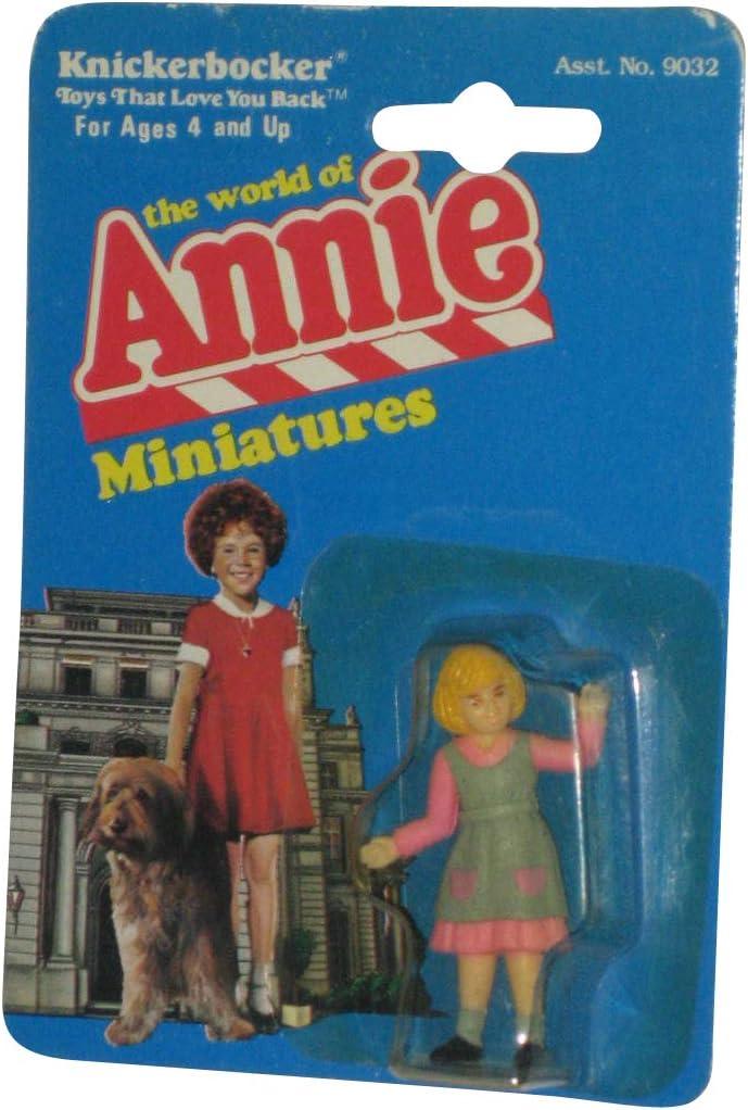 VINTAGE 1982 KNICKERBOCKER THE WORLD OF LITTLE ORPHAN ANNIE MINIATURES FIGURINE