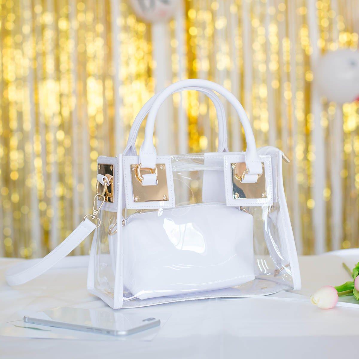 Veraniego bolso transparente con muy buena calidad y tamaño ideal para el día a dia.