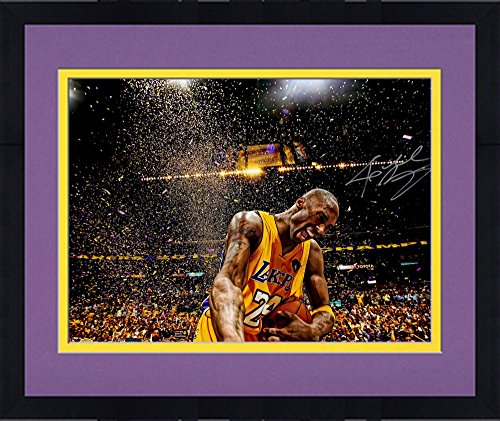 Framed Kobe Bryant Los Angeles Lakers Autographed 16