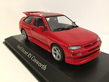 Maxichamps 1/43 Scale Diecast 940 082100 - 1992 Ford Escort RS Cosworth - Red