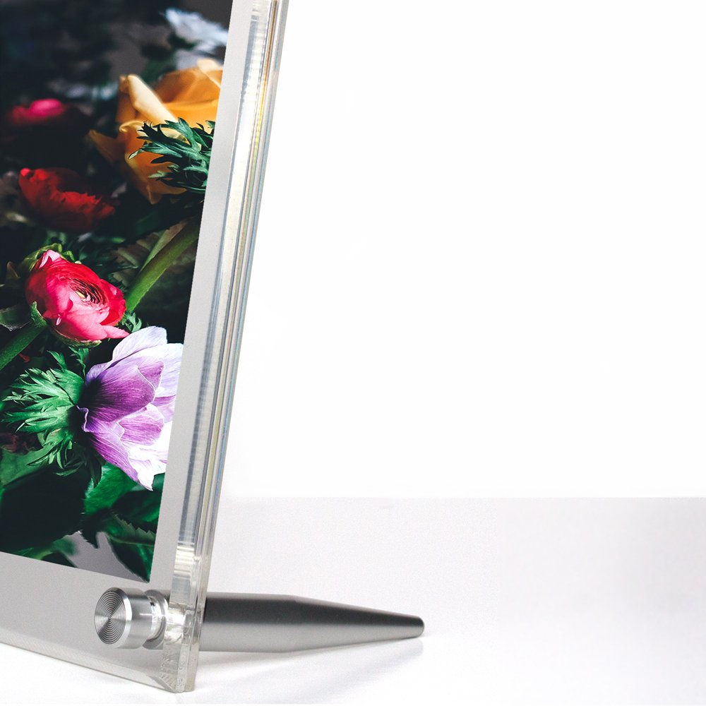 Wexel Art 7x9-Inch Diamond Polished Beveled Edge Framing Grade Acrylic Tabletop Floating Frame with Gold Hardware for 5x7-Inch Art /& Photos TBL0709G