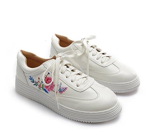 81343b671096c Zapatos para Mujer Zapatos nuevos de Mujer Bajos para Ayudar con una Cabeza  Redonda Plana Zapatos Blancos Viento Nacional Bordado Antideslizante Zapatos  ...