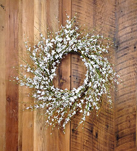 Mills Floral Pure Elegance Wreath 22