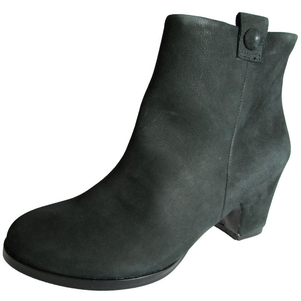 Gentle Souls by Kenneth Cole Women's Soft Cast Ankle Boot B00B31YR8Q 6.5 B(M) US|Black Suede
