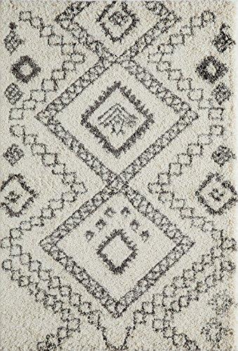 Momeni Rugs MAYA0MAY-5IVY2030 Maya Collection, Ultra Thick Pile Shag Area Rug, 2' (Momeni Comfort Shag Collection)
