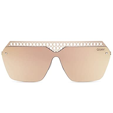 d541b734bb Amazon.com  Quay Women s Hall of Fame Sunglasses