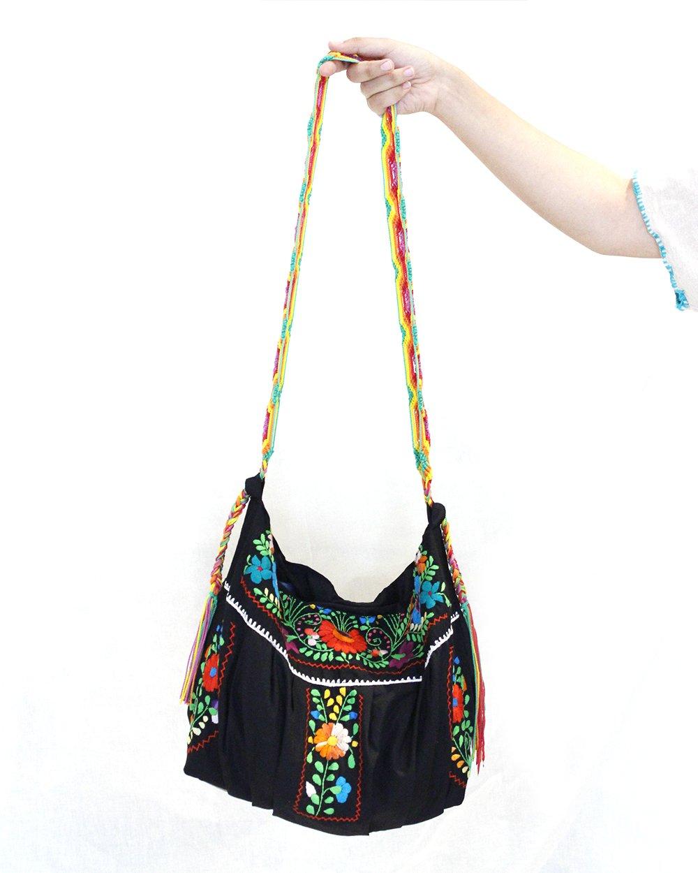 Design /& Techniques Embroidered Purses
