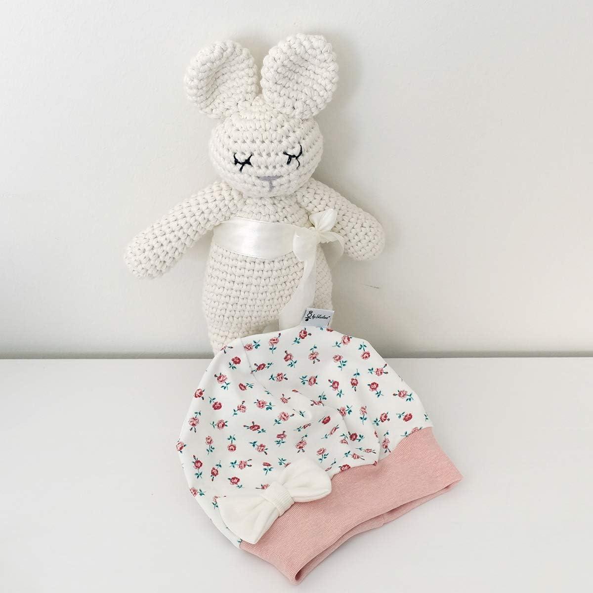 Baby M/ütze Beanie Mitwachsgr/ö/ßen handgefertigt in Deutschland Sharlene M/ütze Schleife Cremewei/ß kleine Rosen Rose Melange