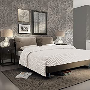 As creation forest pattern wood tree metallic pearl motif for Wallpaper for bedroom amazon