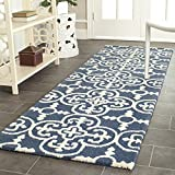 Safavieh Cambridge Collection CAM133G Handcrafted Moroccan Geometric Navy and Ivory Premium Wool Runner (2'6'' x 12')