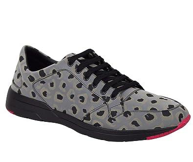 f8aa66a6a935 Gucci Reflex Leopard Print Gray Fabric Running Sneakers 368485 1400 (7.5 G  / 8 US