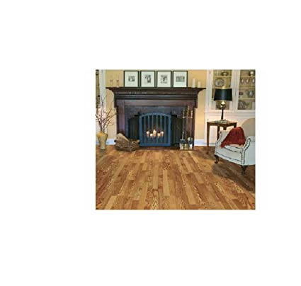 Captivating Traditional Living Premium Laminate Flooring   Golden Amber Oak   10mm  Thick   1 Pk