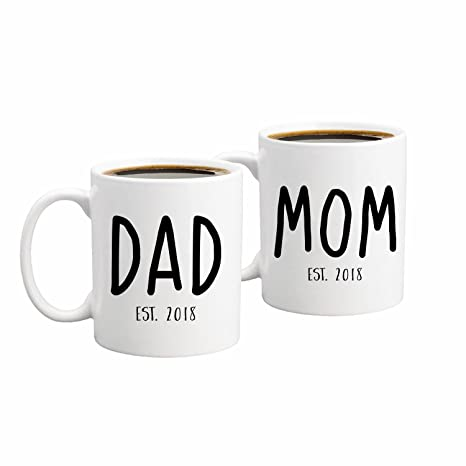 Amazon.com: New Parents Pregnancy 2018 Announcement Coffee Mug Set ...