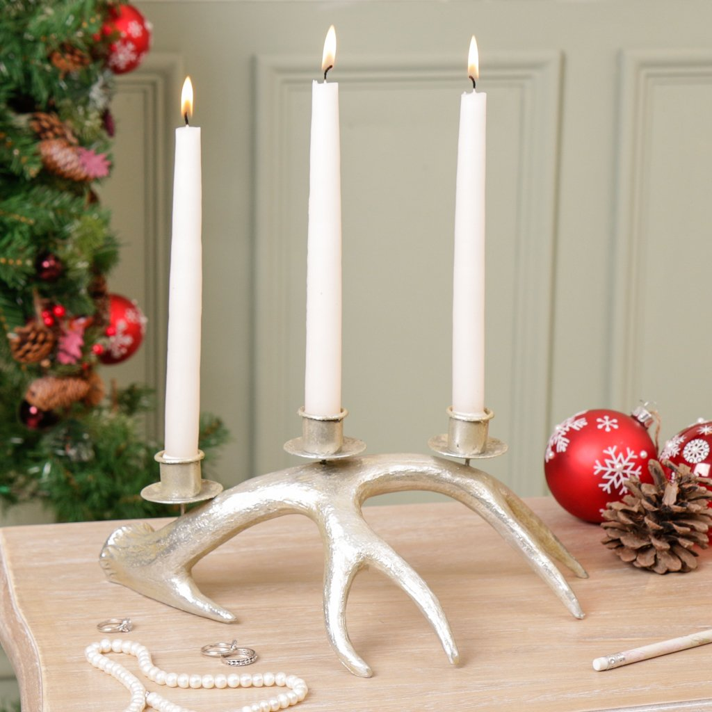Antique Country Style Silver Metallic Decorative Stag Antler Candelabra Candle Holder Pillar Candle Stand - ideal for windowsills, tables, centrepieces, mantelpieces etc - made of high quality resin with a unique antiqued finish - beautiful housewarming,