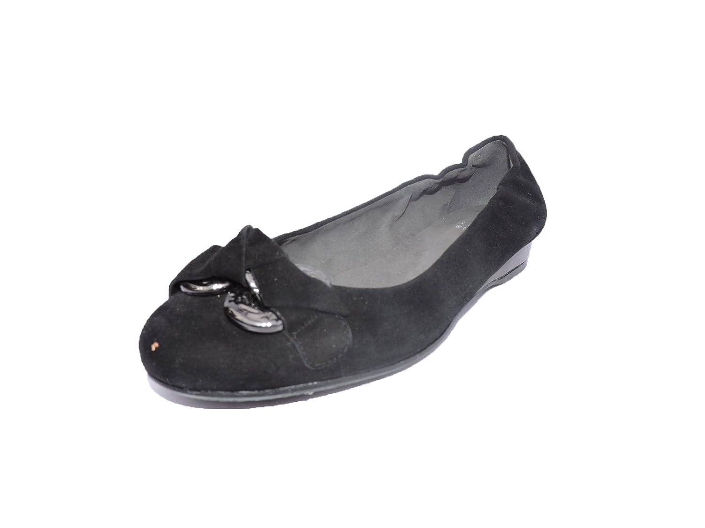 24959047e Amazon.com  Stuart Weitzman Womens Doodles Designer Ballet Flats Black  Suede Size 5.5 M  Shoes
