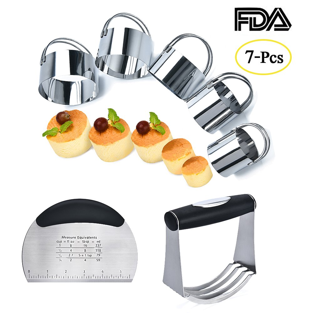 MASGALACC Pastry Scraper Biscuit Cutter Set (5 Pieces/Set) Stainless Steel Dough Blenders Round Cookie Cutter Set Multipurpose Scraper for Baking Pastry