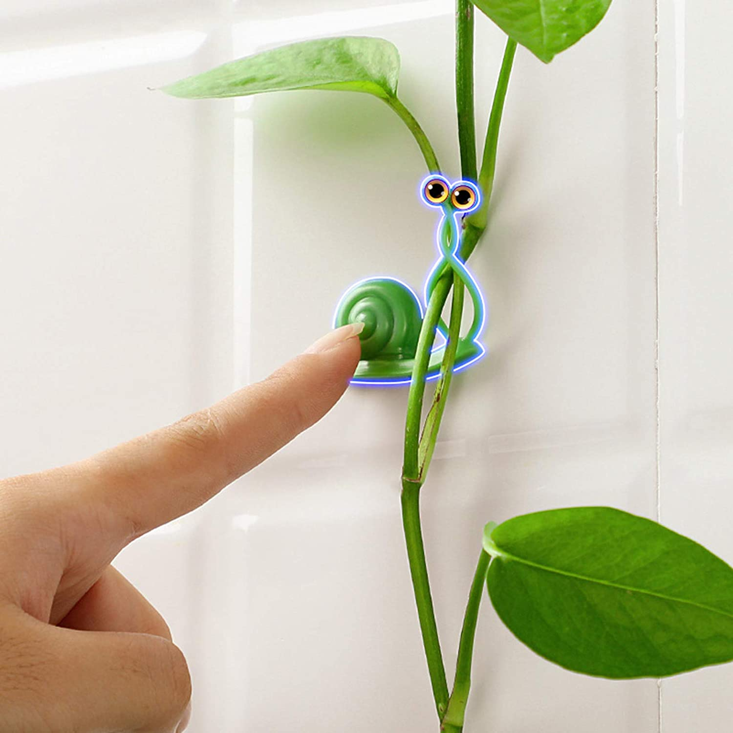 Plant Climbing Wall Fixture Clips, Green Cute Snail Wall Hook, Invisible Plants Climbing Wall Support,Self-Adhesive Snap for Wire Fixing, Vines Grow Upright and Home Decor (Cute Snail)