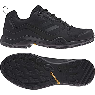 26f18aad1 adidas Men s Terrex Swift Climaproof Low Rise Hiking Shoes  Amazon.co.uk   Shoes   Bags
