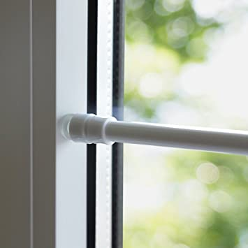 Amazon De Klemmfix Klemmstange Fur Fenster Tur Gardine Lange 80 120 Cm Ausziehbar Scheibenstange Ohne Kleben Weiss