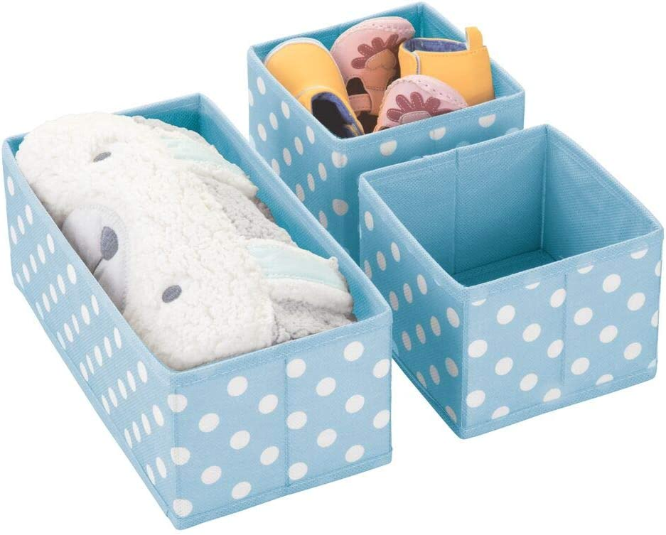 mDesign Juego de 3 Cajas de almacenaje para habitación Infantil, baño, etc. – Cestas organizadoras de Lunares – Organizadores de armarios de Fibra sintética en Dos tamaños – Azul Claro/Blanco