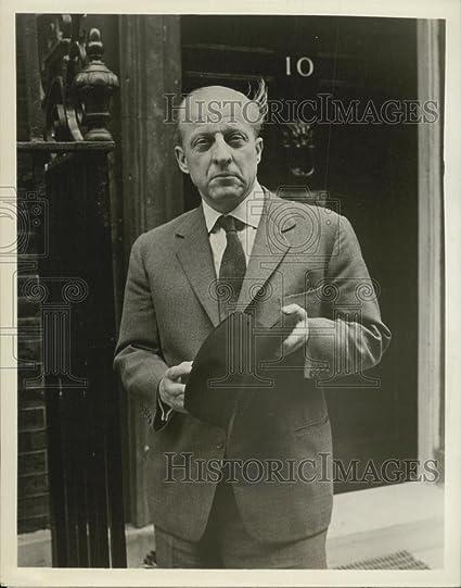 Amazon com: Vintage Photos 1961 Press Photo NBC News Senior European