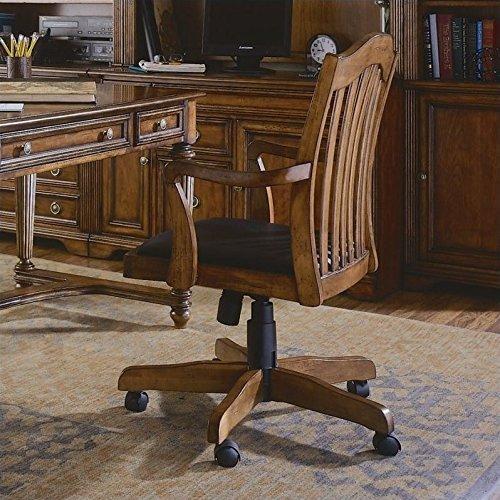 Hooker Furniture Brookhaven Tilt Swivel Chair in Medium Clea