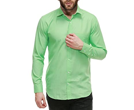 What to wear with a dark green shirt