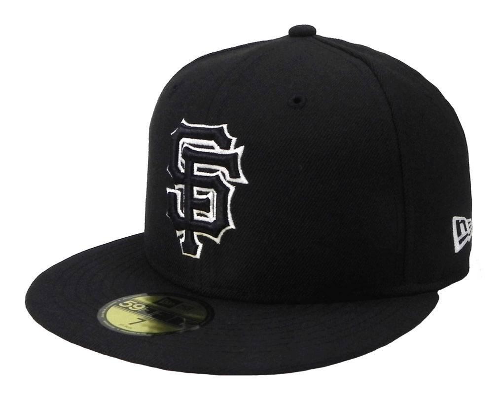 size 40 1036e cad37 Amazon.com   New Era MLB Cap San Francisco Giants 59fifty Men s Headwear  Black White Fitted Hat   Clothing