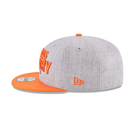 newest 19aa2 d25b4 Amazon.com   New Era Authentic Denver Broncos Heather Gray Orange 2018 NFL  Draft Official On-Stage 9FIFTY Snapback Adjustable Hat   Sports   Outdoors