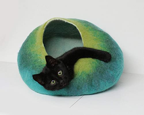 Cat Bed Cave House Cocoon-Felted Cat House-SmallBaby Dog House-Wool Pet Bedding-Felt Cat Nap from Nepal-FREE SHIPPING